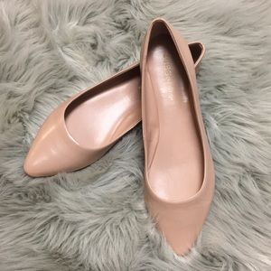 BCBGeneration Pointed Toe Flats. 7B